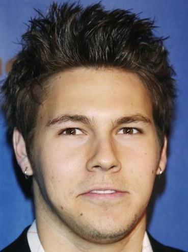 Scott Clifton Picture