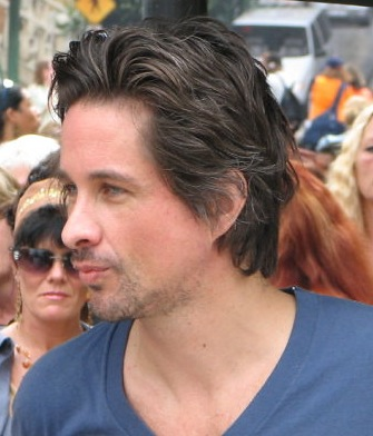 Michael Easton Image
