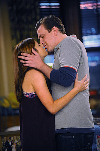 Marshall and Lily Kiss