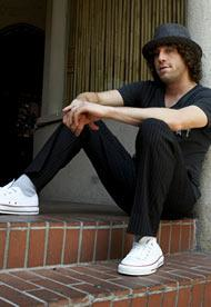 An Elliott Yamin Picture
