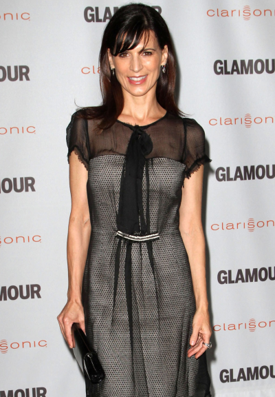 Perrey Reeves Photo