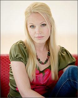 Adrienne Frantz Picture