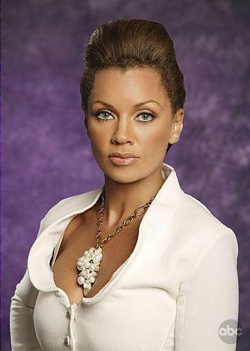 Vanessa Williams Pic