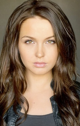 Camilla Luddington Photo