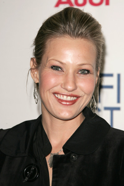 Joey Lauren Adams Image